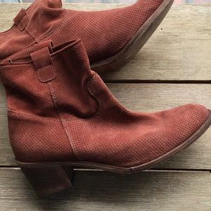 EUC worn a couple times Italian suede boots